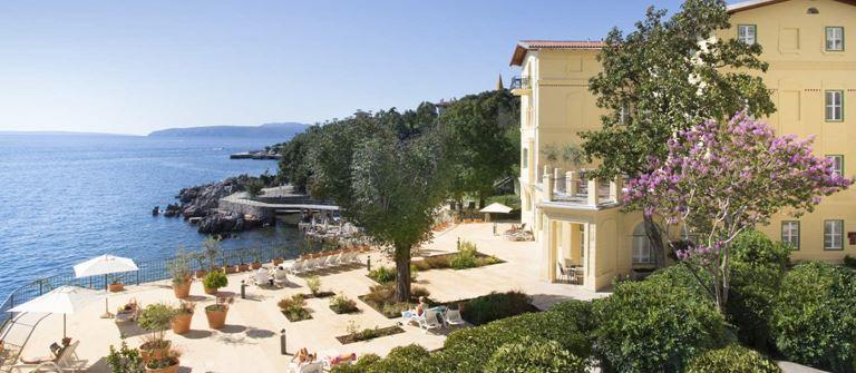 Villa Belvedere Lovran in Croazia | Liburnia